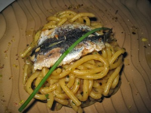 Traditional Venetian Bigoli con Salsa